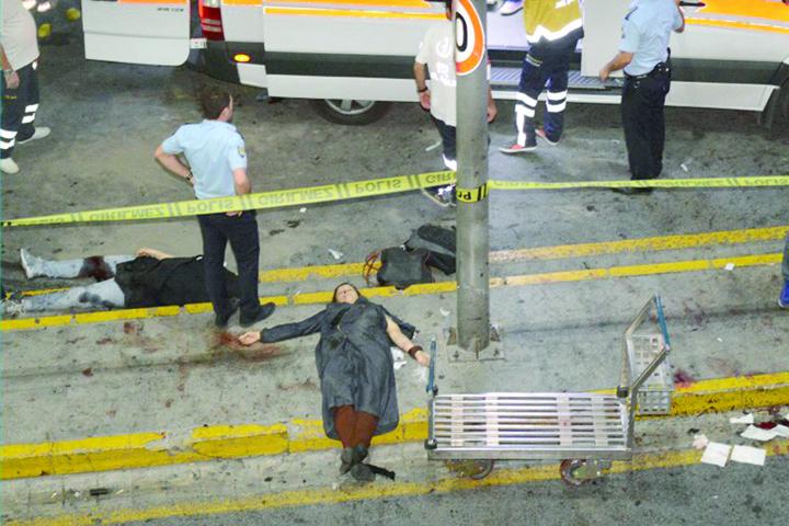 morti 1 Fotbalistii fug din Turcia