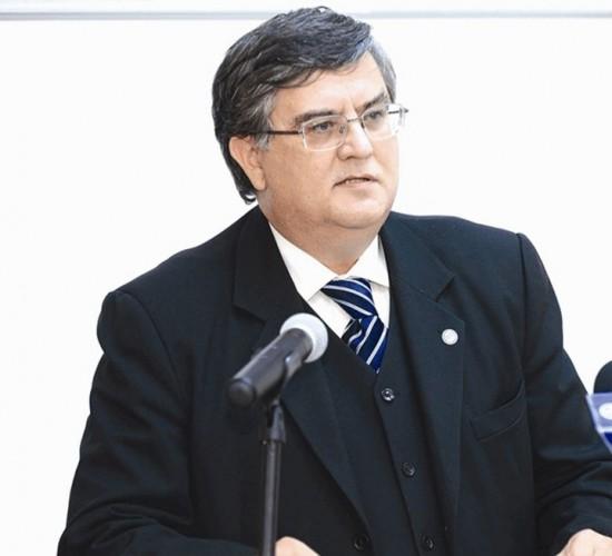 mircea dumitru 550x500 Un fost ministru al Educatiei taxeaza felul in care se exprima premierul Dancila