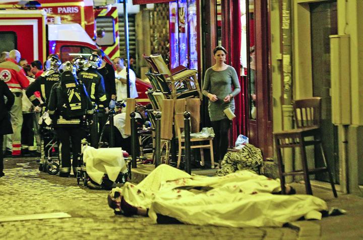 atentate Ce n a vazut Parisul in 13 noiembrie 2015