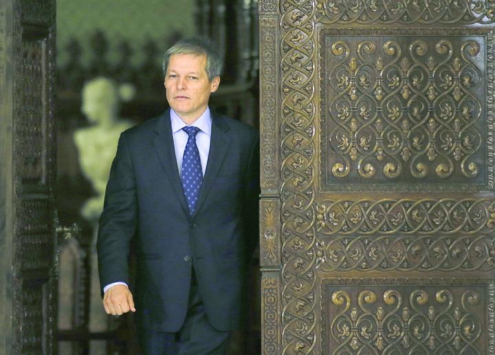 dacian ciolos1 Iohannis, mai rau ca Basescu
