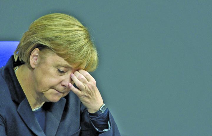 german chancellor angela merkel Merkel incaseaza o palma la Berlin