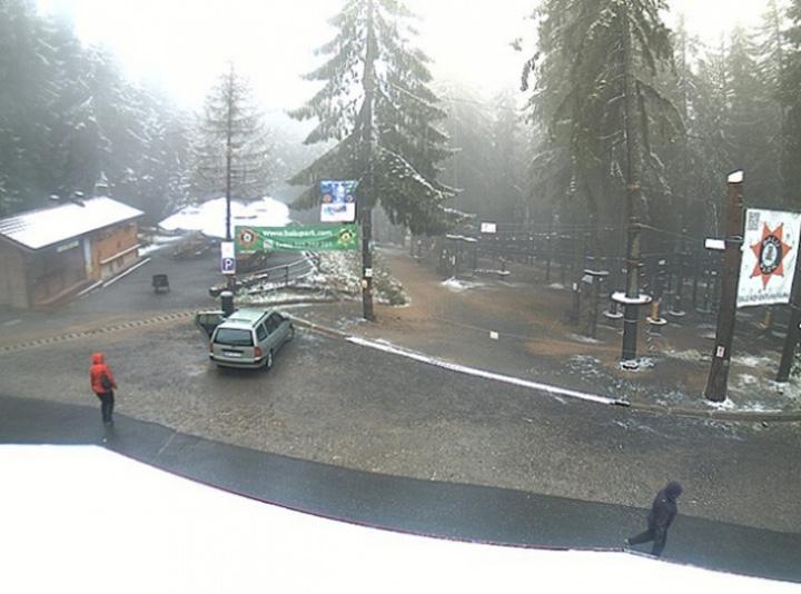 ninsoare Prima ninsoare, in statiunea Harghita Bai