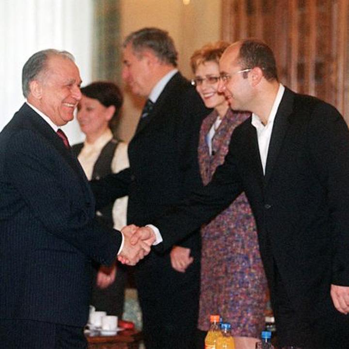 Cozmin Gusa si Ion Iliescu Cozmin Gusa, viitorul prim ministru