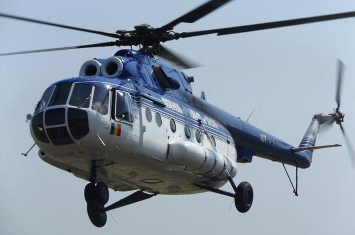in zbor Gabi Oprea isi trasese elicopter VIP!