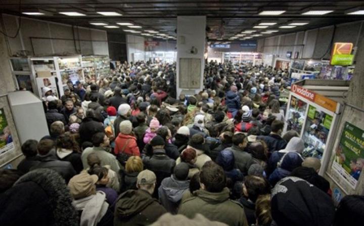 metrou Aglomeratie criminala la metrou