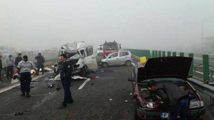15094485 1330060507027057 4395947664371397285 n accid 720x405 Accidente in lant pe Autostrada Soarelui. 17 masini implicate si mai multi raniti