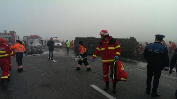 15134725 1243369755725487 2191654300038946896 n accident sindrilita 720x406 3 oameni au murit si 15 au fost raniti intr un accident de microbuz, la Sindrilita (FOTO)