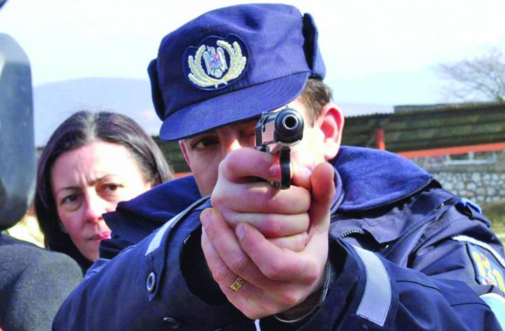 CUPA JANDARMERIEI LA TIR 794x520 Jandarmii vor avea voie sa traga in animale