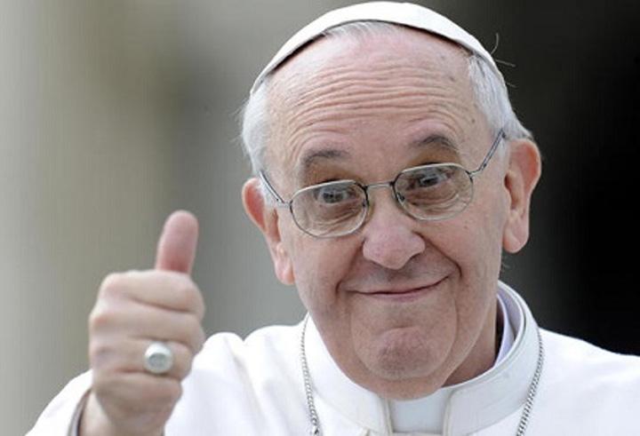 Papa Francesco 5 Premiera: Preotii catolici au voie sa ierte pacatul avortului