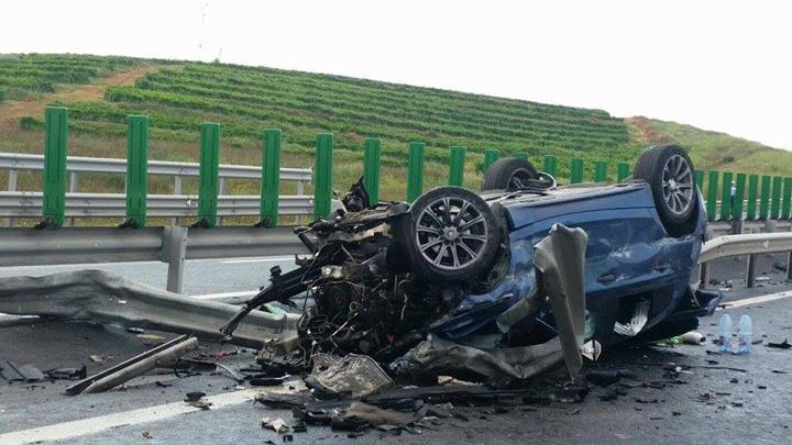 accident autostrada soarelui 2 Nesimtirea criminala a CNADNR omoara soferii pe capete