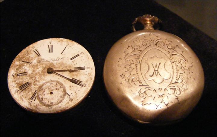 ceas buzunar Se vinde ceasul lui Eminescu