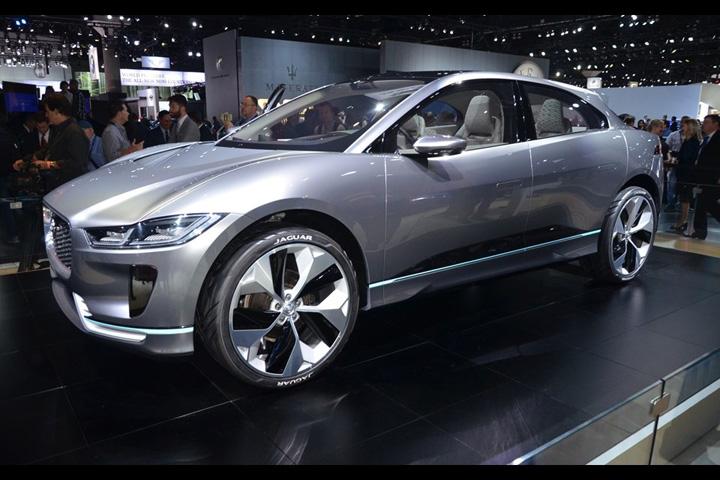 jaguar Jaguar vrea sa fabrice masini electrice