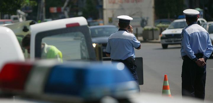 politisti retinere Politisti retinuti: o suta de spagi intr o luna