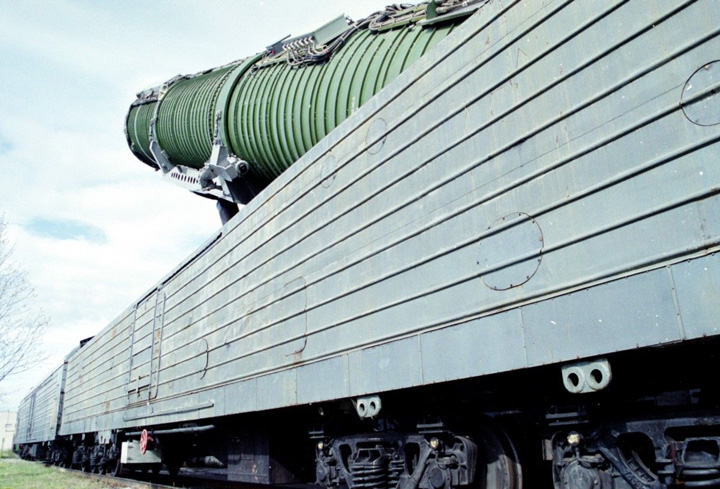"""russia nuke train Rusia a pus in miscare """"Trenurile Apocalipsei"""""""
