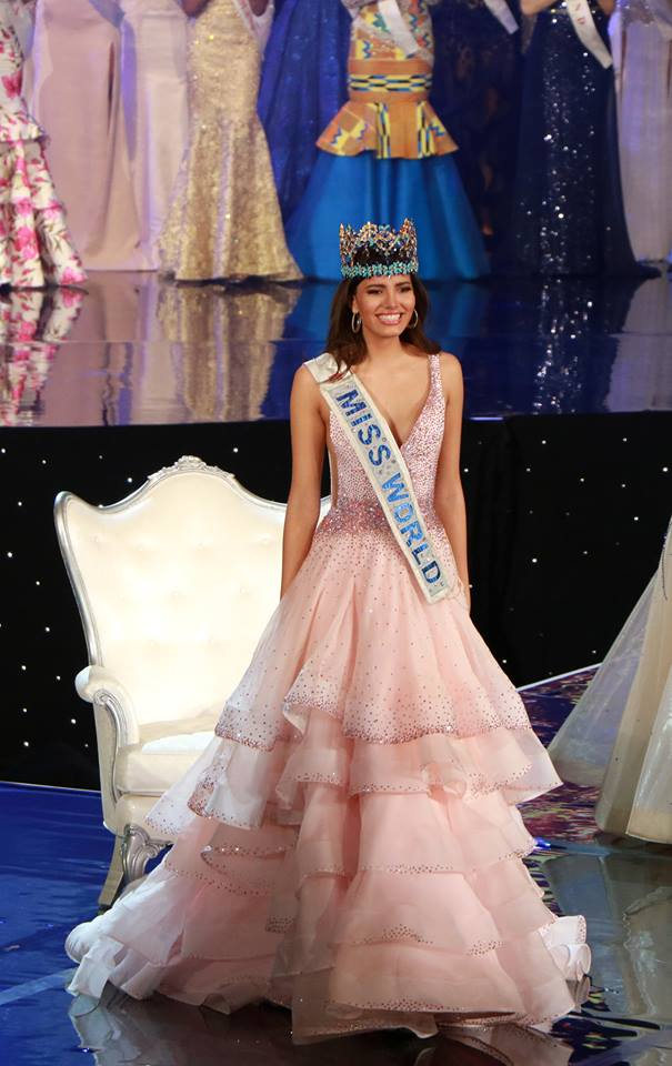 15542268 10154880248269974 9049155872880191690 n miss A fost aleasa cea mai frumoasa femeie din lume! Miss World 2016 e din Puerto Rico