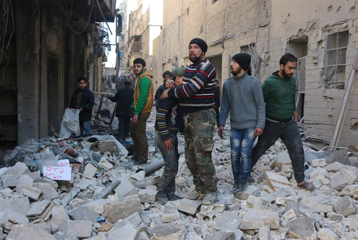 160205 syria aleppo rubble 1045a ae2a80c8d9a684a85bcd945190c85f05.nbcnews ux 2880 1000 Stategia barbarilor: Alep, cimitirul Siriei
