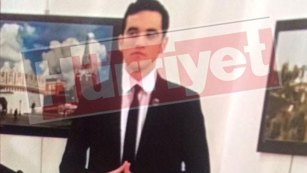 58580d3dc03c0e1a0c14420b E groasa! Ambasadorul Rusiei, impuscat la Ankara!