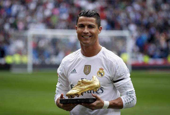 Ronaldo Fiscul spaniol, calare pe Cristiano Ronaldo
