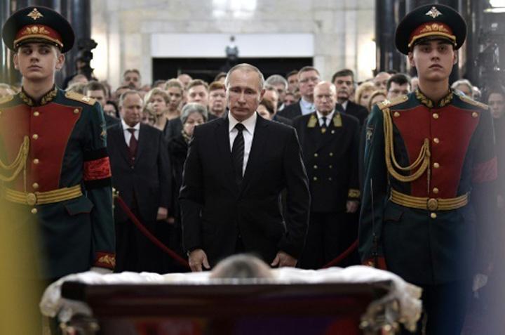 ambasador1 Putin strica veselia de la Deveselu