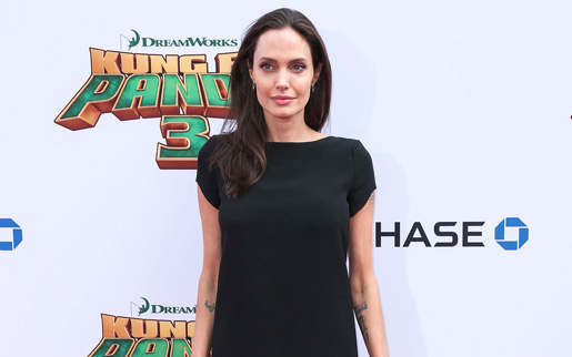 angelina4 2645828a Angelina Jolie a ajuns la 34 de kilograme!