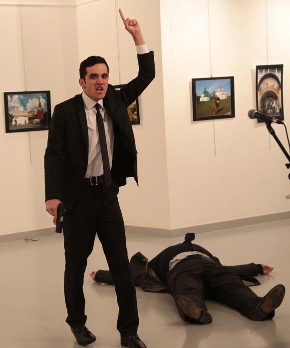 asasin1 Asasinul lui Karlov l a pazit de 8 ori pe Erdogan