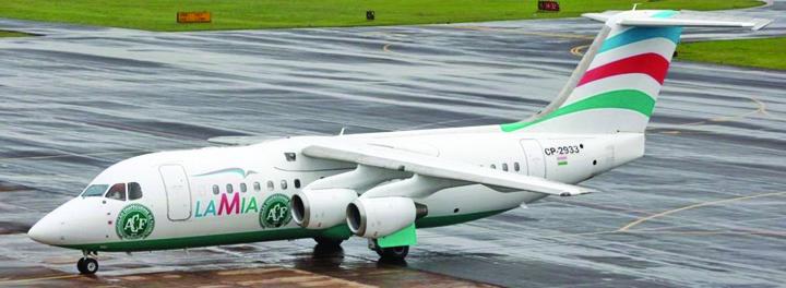 avion 2 Un fost model era copilot al avionului prabusit in Columbia!