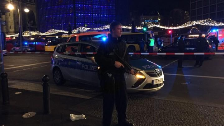 breitscheidplatz berlin 1482176587 768x432 720x405 Masacrul de la Nisa, repetat luni seara la Berlin!