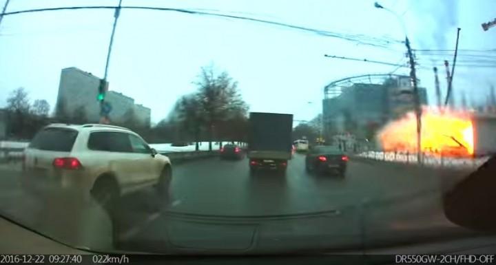 expl 720x385 Explozie la o statie de metrou din Moscova/ PRIMELE IMAGINI
