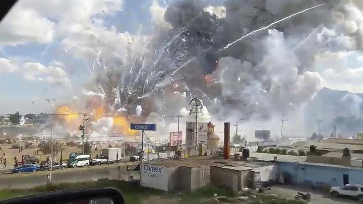 mexic Explozie de artificii in Mexic: 31 de morti
