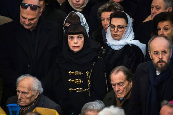 mireille mathieu Patriarhul Rusiei a sfintit catedrala lui Putin din Paris