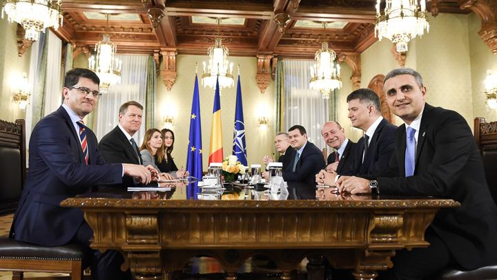original consultari cu partidele 14 dec 2016   pmp 3 Iohannis se consulta cu grupa mica