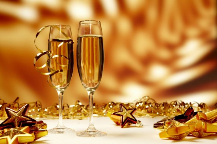 rev 720x479 Obiceiuri de Anul Nou. LA MULTI ANI cu bucurie!