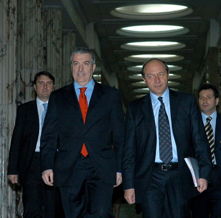 tariceanu basescu1 Tariceanu, pupat de Basescu