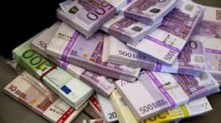 teanc de euro Milioane de euro aruncate pe o caricatura de campanie electorala