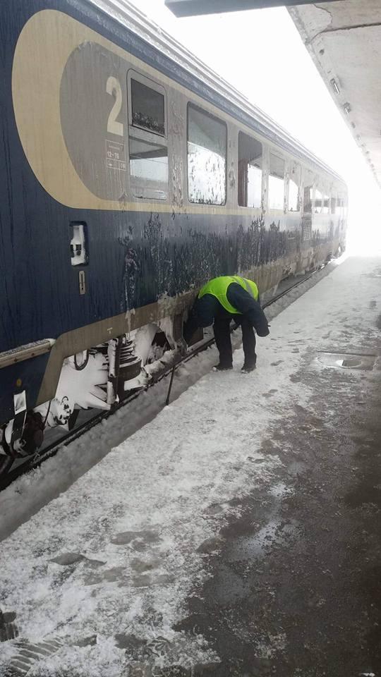 15941039 1897803757114506 112689550197325591 n tren Circulatia feroviara, inca ingreunata de vremea rea. Zeci de trenuri anulate/cu intarzieri