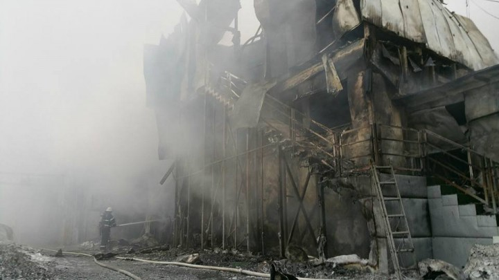 16114177 1763065420386009 6232546380192575256 n incendiu 5 720x405 Urmarile dezastrului din clubul Bamboo (FOTO)