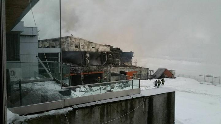 16174820 1763065743719310 2920522312854452301 n incendiu 7 720x405 Urmarile dezastrului din clubul Bamboo (FOTO)