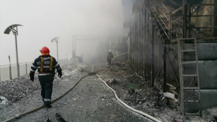 16195794 1763065277052690 6215224277929630362 n incendiu 720x405 Urmarile dezastrului din clubul Bamboo (FOTO)