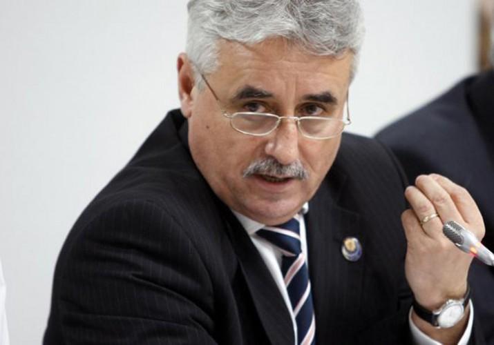 Viorel Stefan  715x500 Oficial. Vicepremierul Stefan, numit ministru interimar la Cercetare