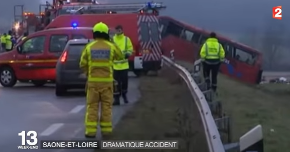 accid Accident de autocar in Franta, pe fondul conditiilor meteo dificile (VIDEO)