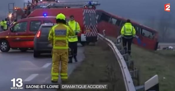 accid Accident de autocar in Franta, pe fondul conditiilor meteo dificile (VIDEO)