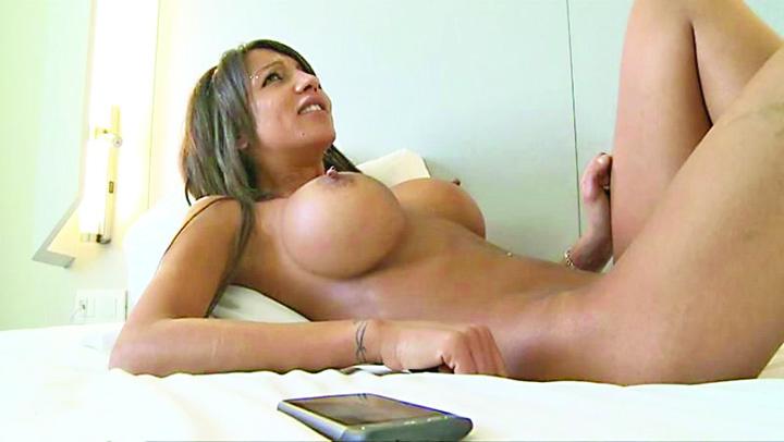 amazing girls with fake boobs Vrei sa si indrepti nasul sau sa ti pui silicoane? Acum se poate si in rate!