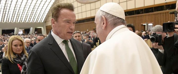 "ap pope schwarzenegger 01 jc 170125 31x13 1600 ""Terminator"", in audienta la papa Francisc"