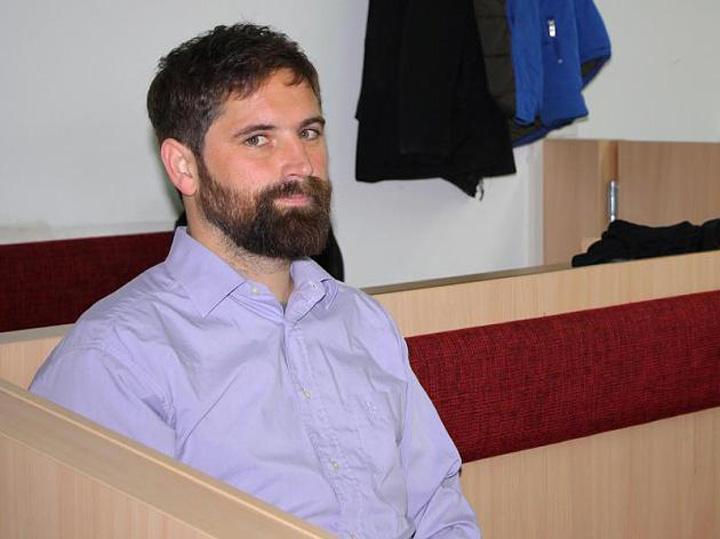 artist germania 700 euro amenda pentru flotari in biserica