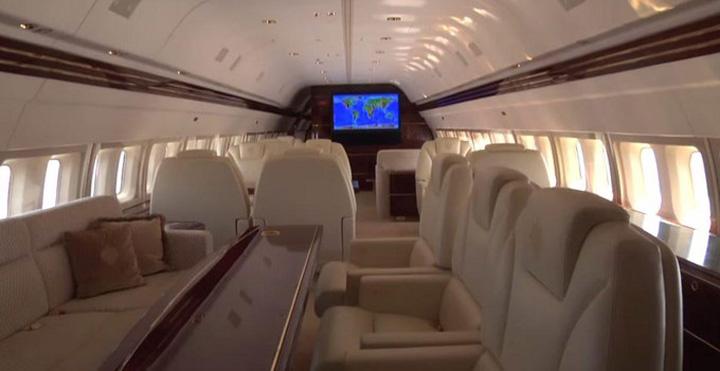 avion11 Primele masuri dupa intronizare