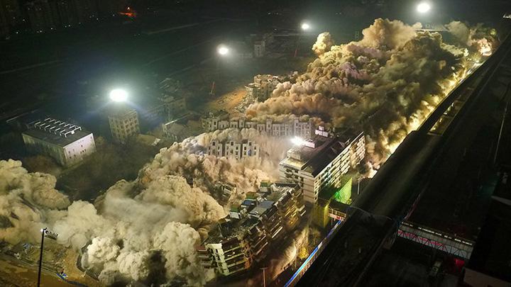 china 19 blocuri s au prabusit simultan in China