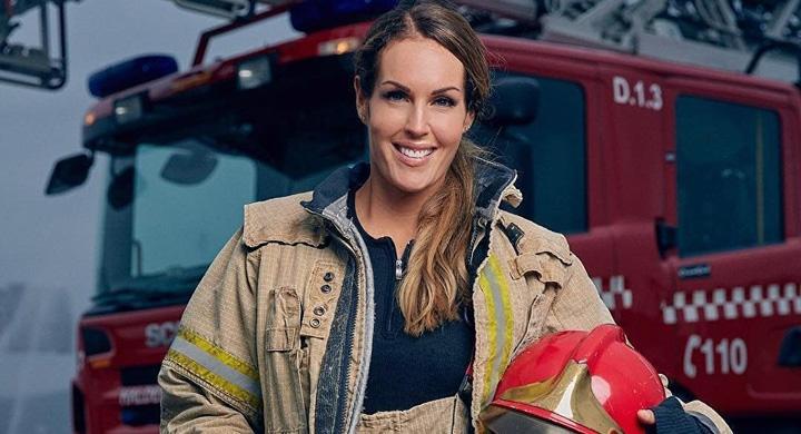 femeie Cea mai frumoasa femeie pompier a incendiat Internetul