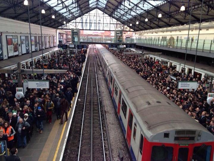 greva12 Londra, paralizata de greva de la metrou
