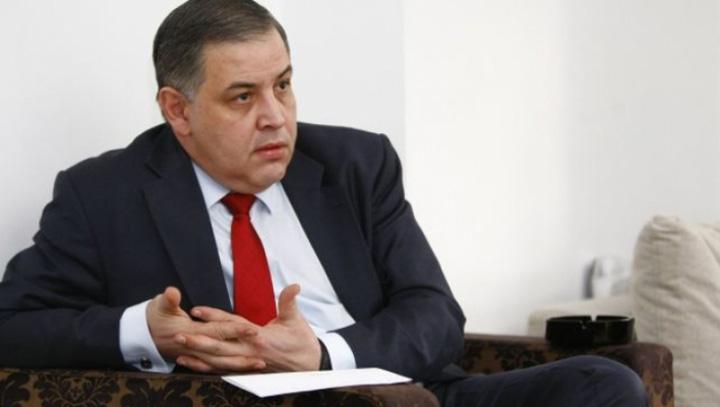 moise Vlad Moisescu vrea din nou la sefia PNL!