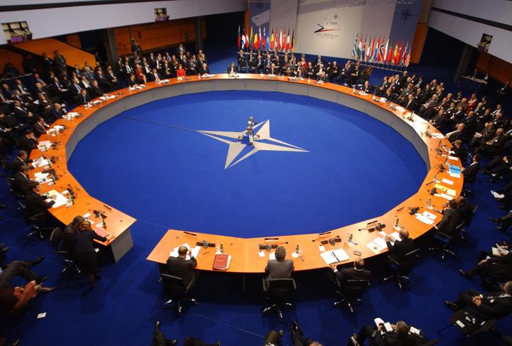 nato La ce mai foloseste NATO? Are Trump dreptate?